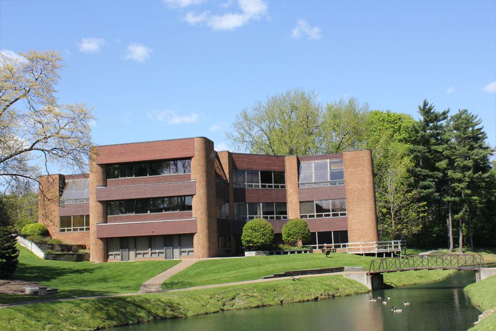grand rapids facilities management companies